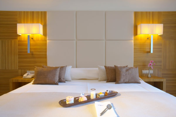 13A_Deluxe_Guestroom-Sea_View-_Zebrano