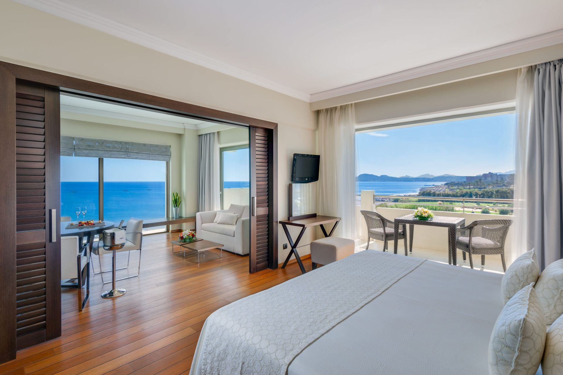 1612_Elite_One_Bedroom_Luxury_Suite_Sea_View_ELYSIUM_result