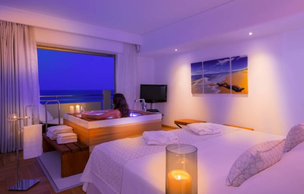 Президентский люкс с видом на море - Главная спальня