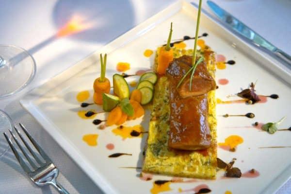 Emerald Restaurant Table d'Hote Gericht