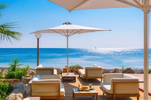 Пляжный бар Almyra