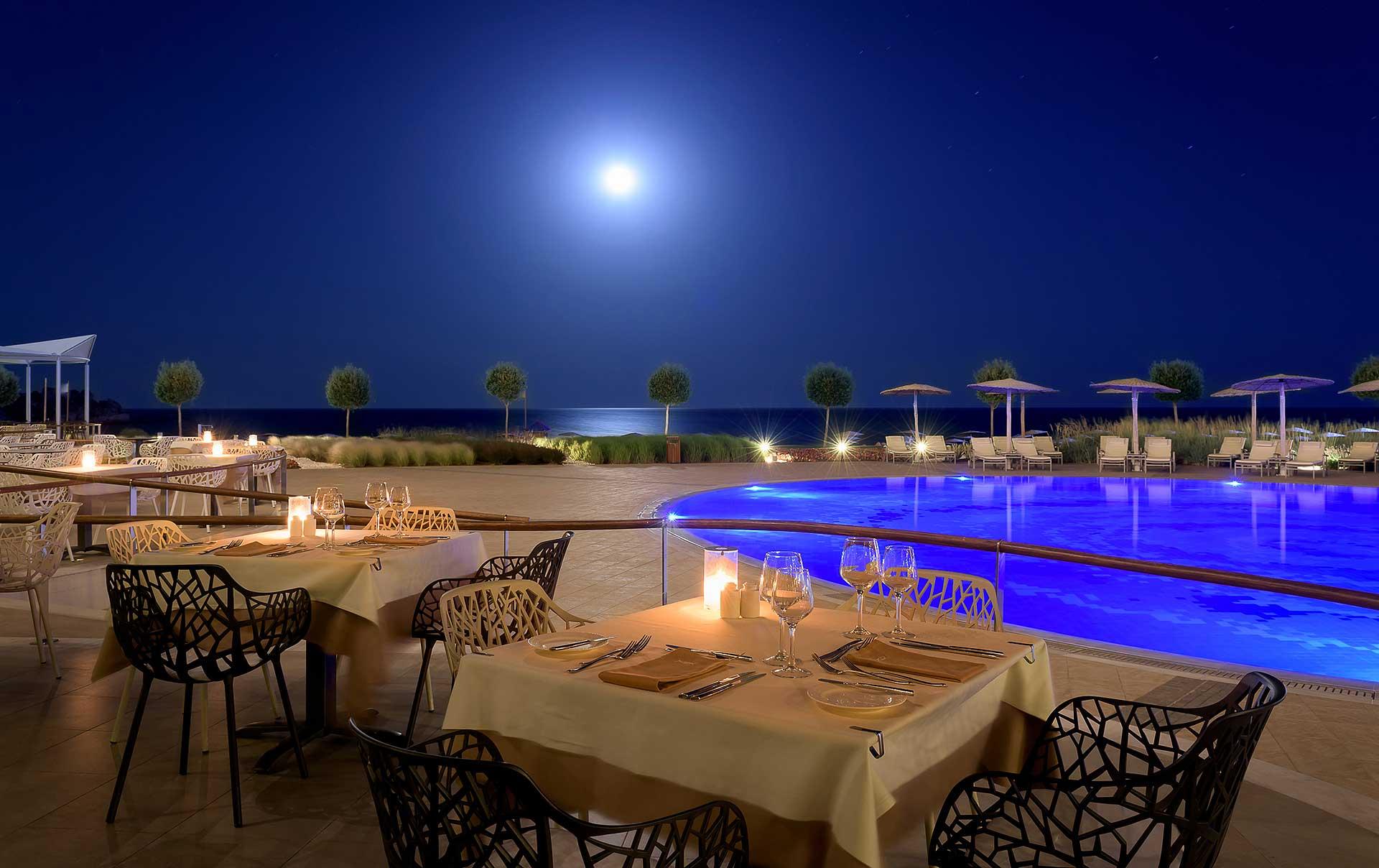 Emerald_Restaurant_ELYSIUM_RHODEScarousel